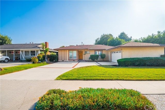 614 E Walnut Avenue, Glendora, CA 91741
