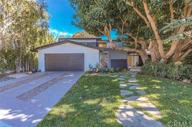 341 Vista Baya, Costa Mesa, CA 92627