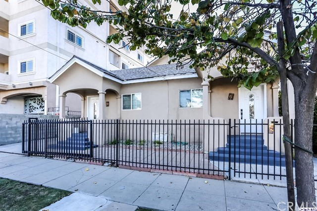 1037 S Kenmore Avenue, Los Angeles, CA 90006