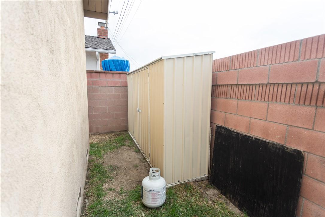 Image 38 For 15914 Lashburn Street