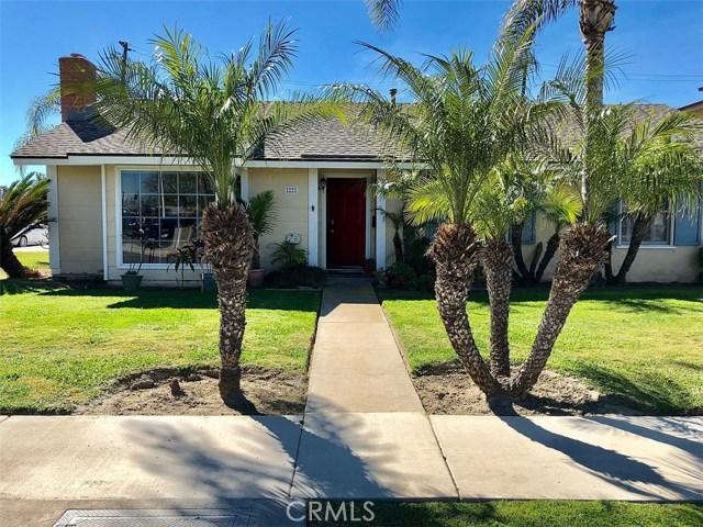 8222 Kingfisher Drive, Huntington Beach, CA 92646