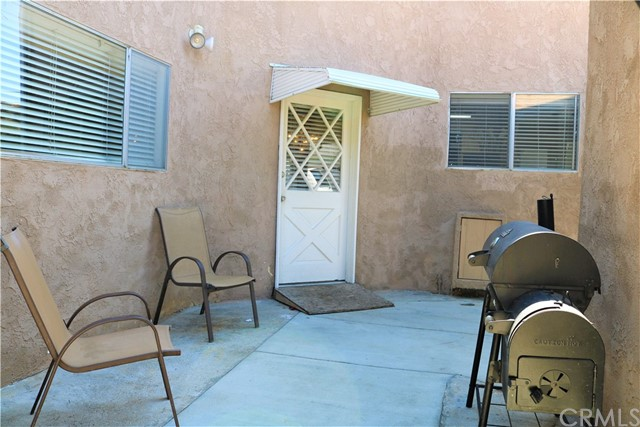 62. 6256 Condon Avenue Los Angeles, CA 90056