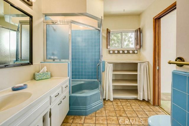 1260 Club House Dr, Pasadena, CA 91105 Photo 16