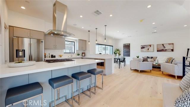 229 Burlington Avenue, Los Angeles, California 90026, 3 Bedrooms Bedrooms, ,For Sale,Burlington,PV20175041
