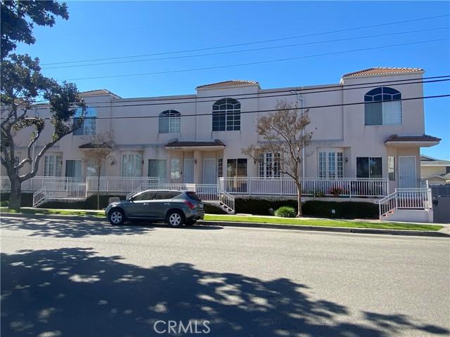 4057 147 Street, Lawndale, California 90260, 3 Bedrooms Bedrooms, ,2 BathroomsBathrooms,Condominium,For Sale,147,PW21042206
