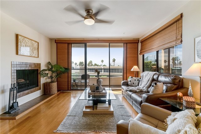 110 The Village 204, Redondo Beach, CA 90277