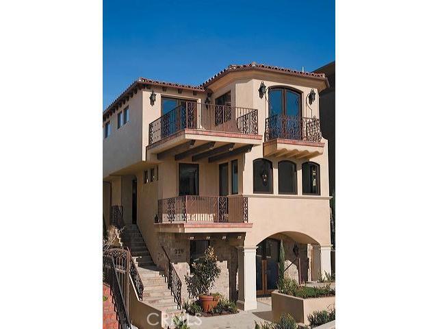 229 24th Street, Manhattan Beach, California 90266, 5 Bedrooms Bedrooms, ,2 BathroomsBathrooms,For Sale,24th,S09043061