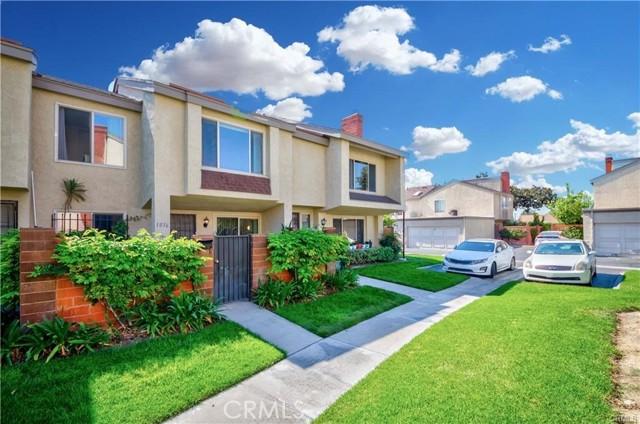 1036 W Lamark Ln, Anaheim, CA 92802
