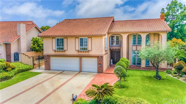 Photo of 18 Covered Wagon Lane, Rolling Hills Estates, CA 90274