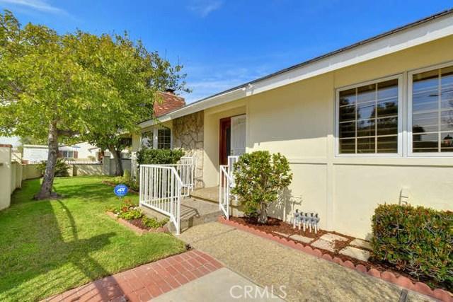302 22nd Street, Costa Mesa, CA 92627