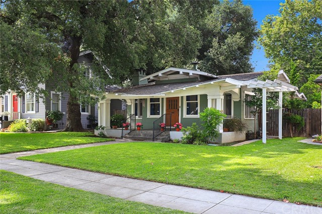 1708 Lyndon Street, South Pasadena, CA 91030