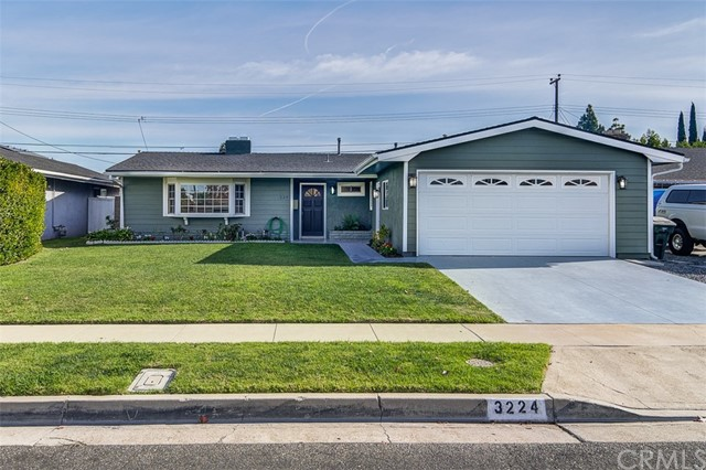 3224 Dakota Avenue, Costa Mesa, CA 92626
