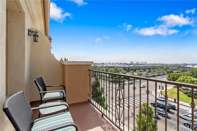 12975 Agustin Pl, Playa Vista, CA 90094 Photo 11