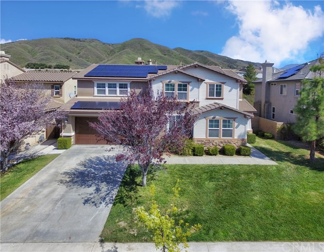 33690 Wild Horse Way, Yucaipa, CA 92399