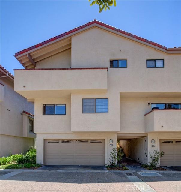 6 Santa Cruz Court, Manhattan Beach, California 90266, 2 Bedrooms Bedrooms, ,2 BathroomsBathrooms,For Rent,Santa Cruz,SB21223977
