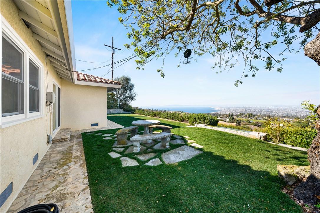 55. 5333 Littlebow Road Rancho Palos Verdes, CA 90275
