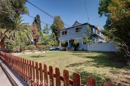 466 Cypress Avenue, Pasadena, CA 91103