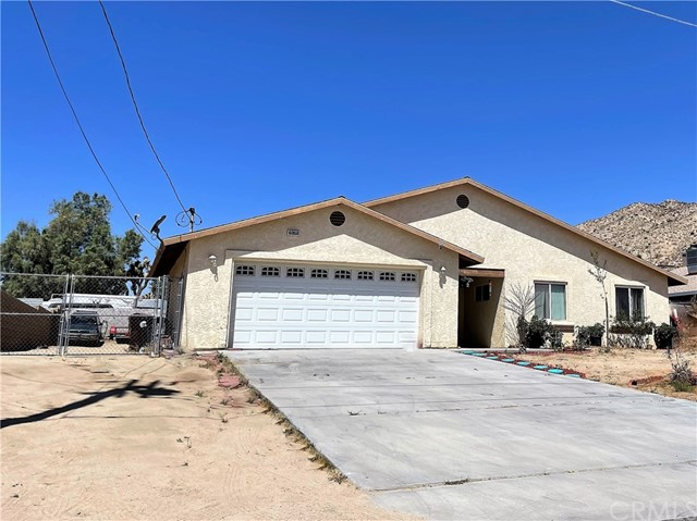 3. 6958 Mohawk Trail Yucca Valley, CA 92284