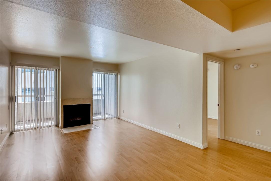 10960     Ashton Avenue   206, Los Angeles CA 90024