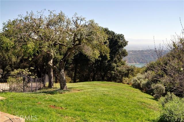 4. 15681 Montebello Road Cupertino, CA 95014