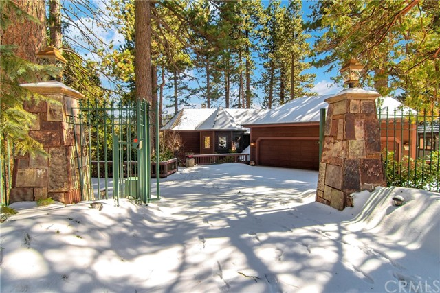 27413 North Bay Road, Lake Arrowhead, CA 92352