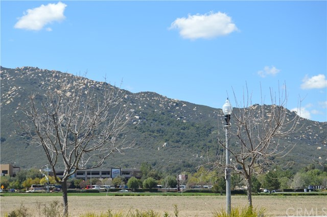 31861 Red Pine Wy, Temecula, CA 92592 Photo 38