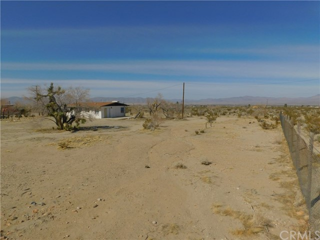36281 Fleetwood St, Lucerne Valley, CA 92356 Photo 39