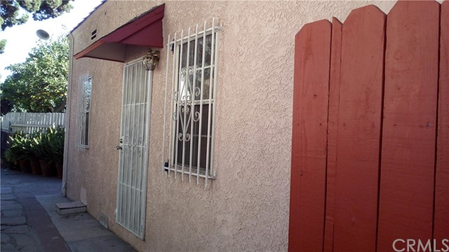 6013 Maywood Avenue 16, Huntington Park, CA 90255