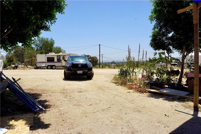 48. 22540 Marquez Road Perris, CA 92570
