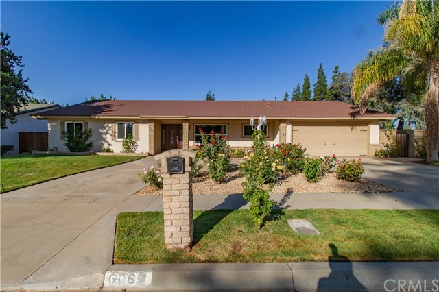 6769 N Valentine Avenue, Fresno, CA 93711