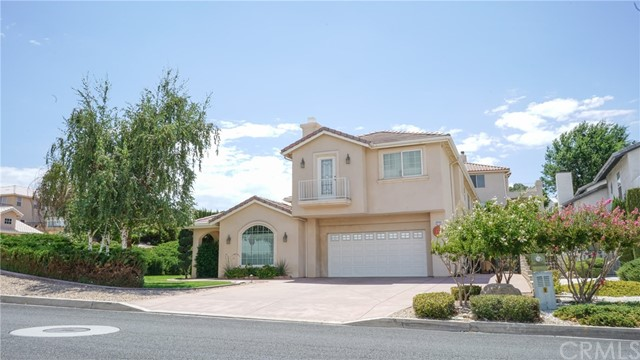 13540 Chinquapin Dr., Victorville, CA 92392