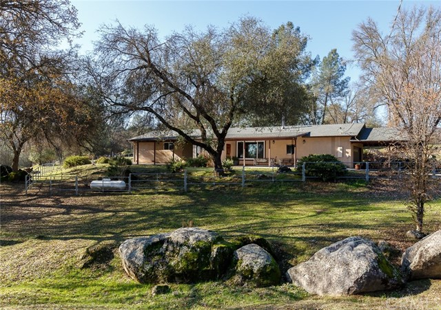 4250 Old Highway, Mariposa, CA 95338