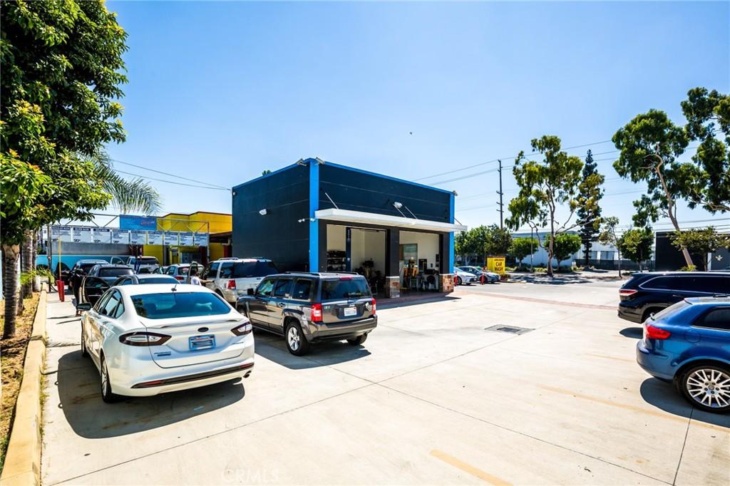 Photo of 2109 E Artesia Boulevard, Long Beach, CA 90805