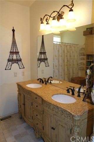 Master Bath with beautiful vanity and double sinks!