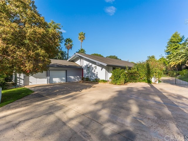 2110 Hathaway Place, Riverside, CA 92506