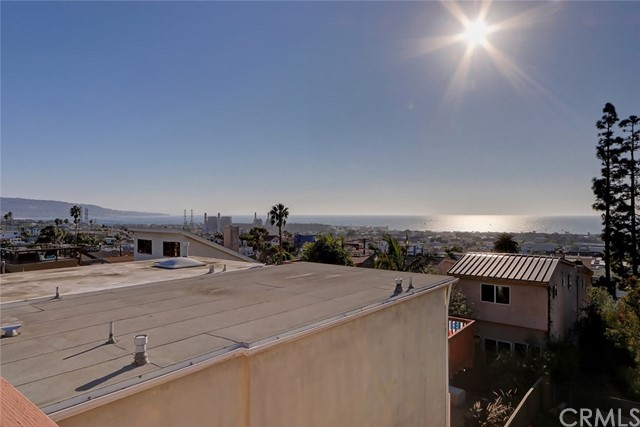 1120 6th Street, Hermosa Beach, California 90254, ,For Sale,6th,SB20215550