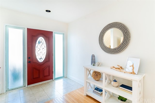 1600 Spreckels Lane, Redondo Beach, California 90278, 3 Bedrooms Bedrooms, ,2 BathroomsBathrooms,Single family residence,For Sale,Spreckels,SB19058149