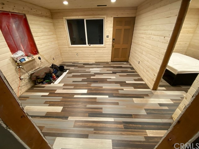 536 Talmadge Road, Big Bear, California 92315, 1 Bedroom Bedrooms, ,1 BathroomBathrooms,Cabin,For Sale,Talmadge,EV20204971