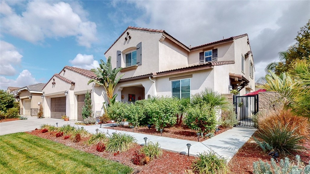 Photo of 7945 Kingsley Court, Eastvale, CA 92880