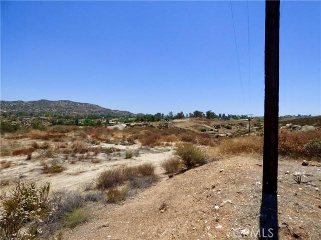70 Hawkins Court, Juniper Flats, CA 92567 Photo 7
