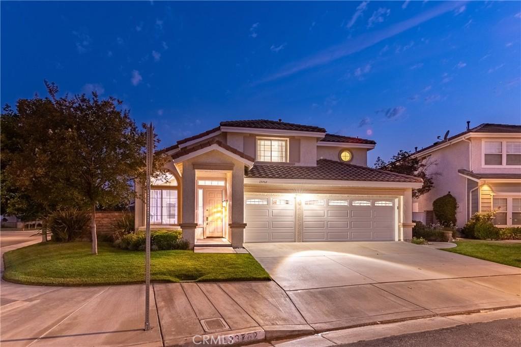 23702     Shadylane Place, Valencia CA 91354