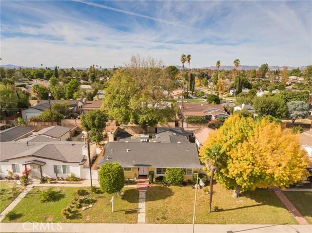 9423 Woodley Avenue, North Hills, CA 91343