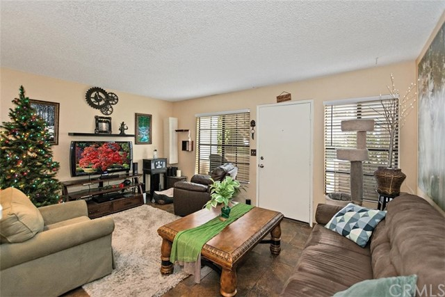 11350 Foothill Bl, Lakeview Terrace, CA 91342 Photo 1