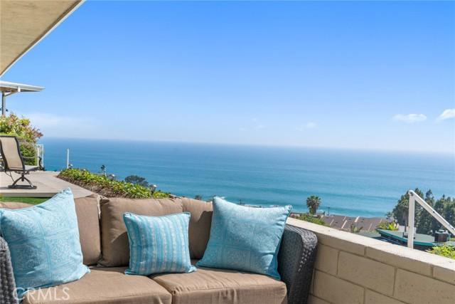 20. 21692 Ocean Vista Drive #C Laguna Beach, CA 92651