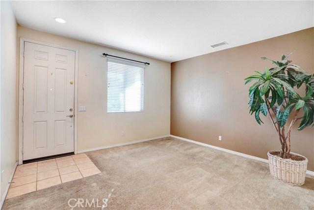 13785 Coolidge Wy, Oak Hills, CA 92344 Photo 2