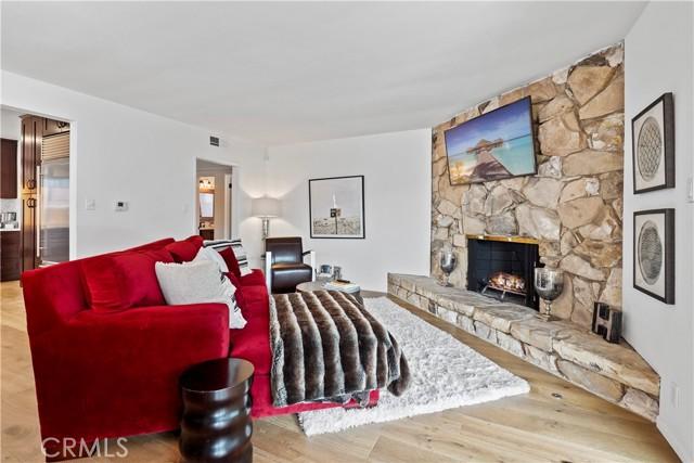 940 Rosecrans Avenue, Manhattan Beach, California 90266, 5 Bedrooms Bedrooms, ,4 BathroomsBathrooms,For Sale,Rosecrans,SB21035135