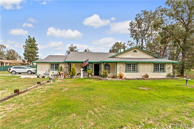 15447 Mark Road, Madera, CA 93636
