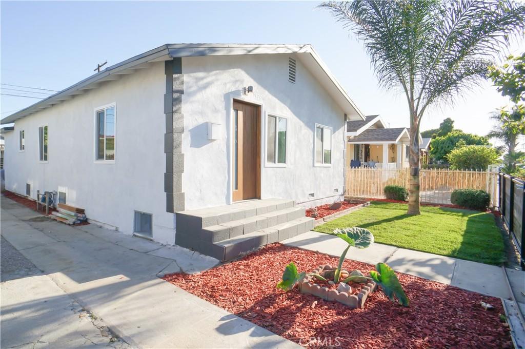 1324   W 66th Street, Los Angeles CA 90044