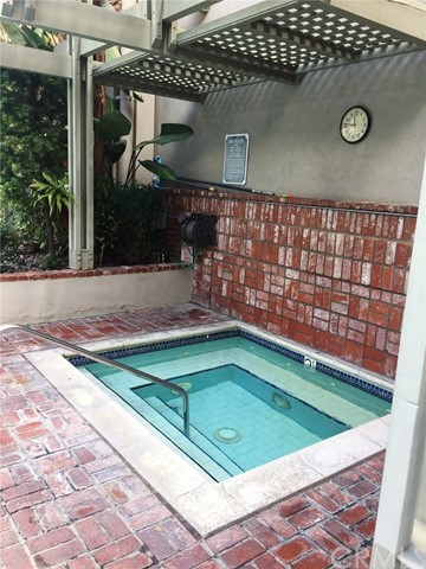 330 S Mentor Av, Pasadena, CA 91106 Photo 10