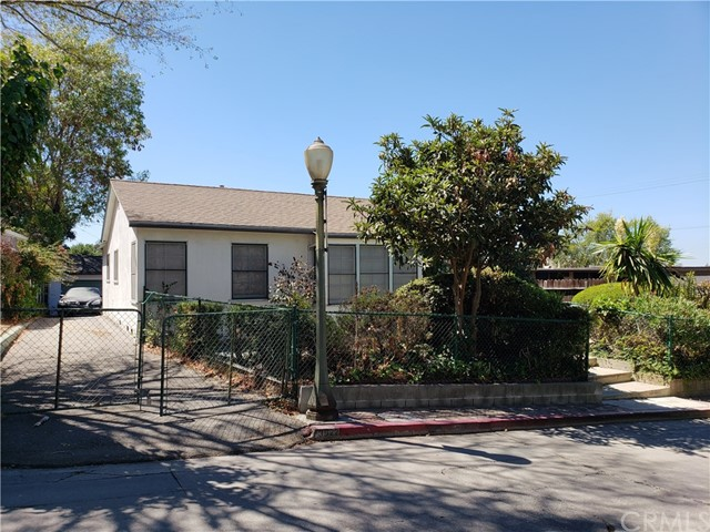 3922 Melbourne Avenue, Los Angeles, CA 90027